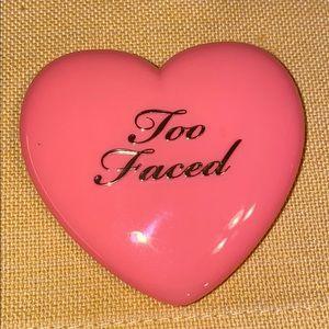 Too faced Love Flush blush, love hangover. New.